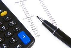 Ontvangstbewijscalculator en pen Stock Foto's