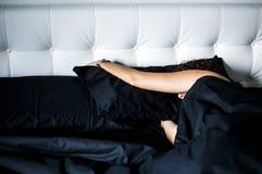 Ontwaken van een diepgaande slaap Stock Foto