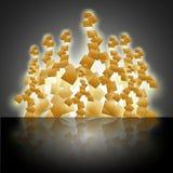Ontwerp van abstracte gouden kubussen in stapel Stock Fotografie