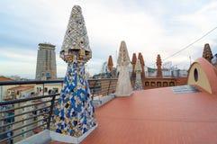Ontwerp van het dak van Paleisguell - Gaudi-Schoorsteen Royalty-vrije Stock Afbeelding