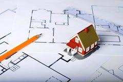 Ontwerp van nieuw huis. Stock Foto's