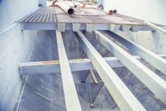 Ontwerp van stralen en het systeem van het staalplatform stock foto