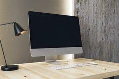 Ontwerperdesktop met computer Stock Foto