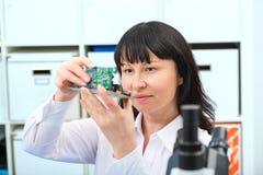 Ontwikkeling van elektronische micro- bewerker royalty-vrije stock foto