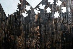 Onvolledig wit raadsel met het missen van stukken Stock Foto
