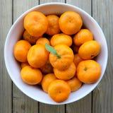 Onvolmaakte organische Satsuma-mandarijnmandarins Royalty-vrije Stock Foto
