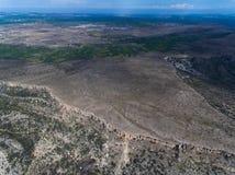 Onvruchtbare land, bergen, gebieden en canions stock foto