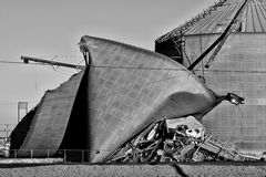 Onweer Beschadigde Silo Stock Afbeelding