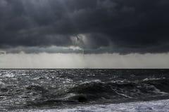 Onweer bij het overzees Royalty-vrije Stock Afbeeldingen