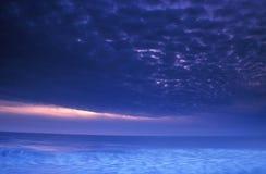 Onweer bij zonsondergang Royalty-vrije Stock Foto