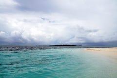 Onweer in de Indische Oceaan, de Maldiven Stock Afbeeldingen