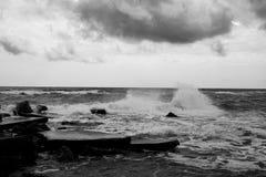 Onweer in de Zwarte Zee stock foto
