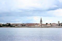 Onweer die (Parenzo) naderen oude stad Porec in Istria, Kroatië, A Royalty-vrije Stock Afbeeldingen