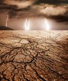 Onweer in een woestijn Stock Fotografie