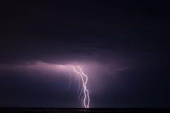 Onweer en bliksem Stock Foto's