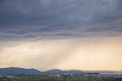 Onweer met zware douches Stock Foto's