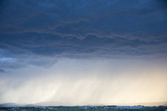 Onweer met zware douches Royalty-vrije Stock Foto's