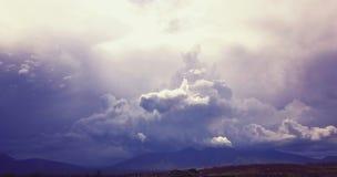 Onweer onder een onweer stock foto