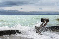 Onweer op Balaton-meer in de zomer. Hongarije Stock Afbeeldingen