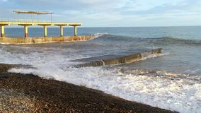 Onweer op de Zwarte Zee stock footage