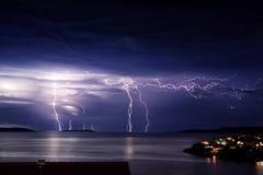 Onweer op het eiland Stock Foto