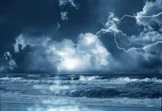Onweer op overzees Stock Fotografie