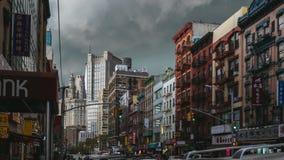 Onweer over Manhattan in Chinatown stock fotografie