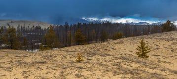 Onweerswolk over het Chara zand royalty-vrije stock afbeelding