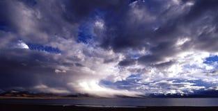 Onweerswolk, supercell Stock Afbeeldingen