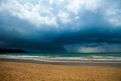 Onweerswolken over het overzees Royalty-vrije Stock Foto