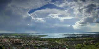 Onweerswolken over Portsmouth, Hampshire, het UK royalty-vrije stock afbeeldingen
