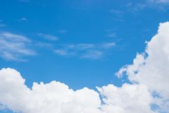 Onweerswolken vóór regen stock foto's