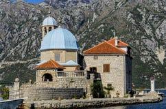Onze Dame van de kerk van Rotsen in Perast, Montenegro Royalty-vrije Stock Afbeelding