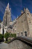 Onze Lieve Vrouwekerk (iglesia de nuestra señora), Brujas Imagen de archivo libre de regalías