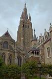 Onze-Lieve-Vrouwekerkhof-Zuid, Brugge stock foto
