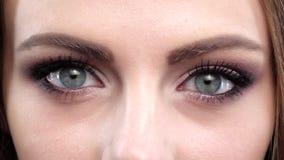 Oog heldere make-up Sluit omhoog Langzame Motie stock videobeelden