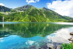 Oog van het Overzeese meer in Tatra-bergen stock foto's