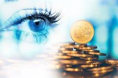 Oog van vrouw en geldeuro Dubbele blootstelling Concept bedrijfsvisie, geld, inkomens royalty-vrije stock foto