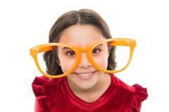 Oogoefeningen om zicht te verbeteren De slijtage grote oogglazen van het meisjesjonge geitje Zicht en gezondheid Optica en zichtb stock foto's