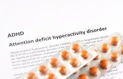 Oordning för hyperactivity för uppmärksamhetunderskott eller ADHD. läkarundersökning- eller sjukvårdbakgrund royaltyfri foto