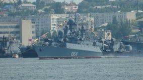 Oorlogsschepen in de militaire basis stock video