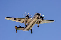 Oorlogsvliegtuig tijdens de vlucht in de lucht Stock Afbeelding