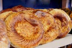 Oostelijk rond brood Stock Afbeeldingen