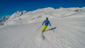 Oostenrijk die - in Heiliegenblut ski?en royalty-vrije stock afbeelding