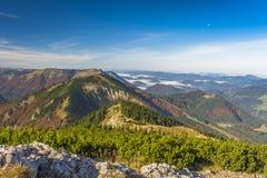 Oostenrijkse Alpen in de Herfst Stock Afbeelding