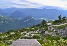 Oostenrijkse Alpen - deltavlieger die helling beginnen Stock Fotografie