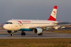 Oostenrijkse Luchtbus A320 Stock Foto's