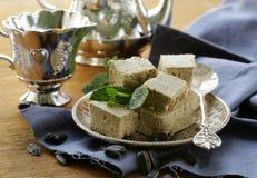 Oosters dessert van zonnebloemzaden - halva stock foto
