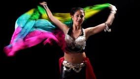 Oosterse danser stock videobeelden