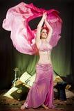 Oosterse dansersvrouw Stock Foto